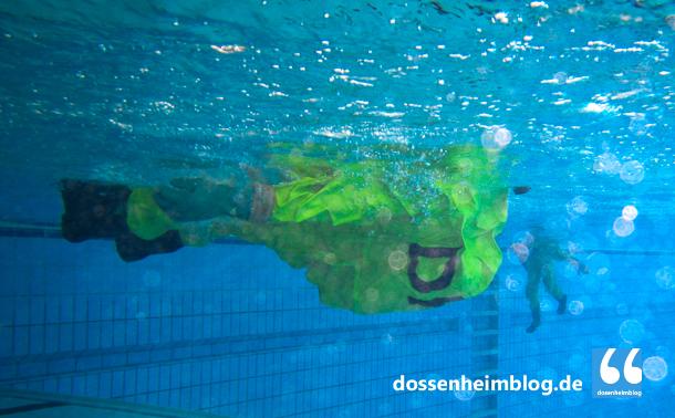 Dossenheim-Feuerwehr-Uebung Hallenbad-20140830-002_tn-0650