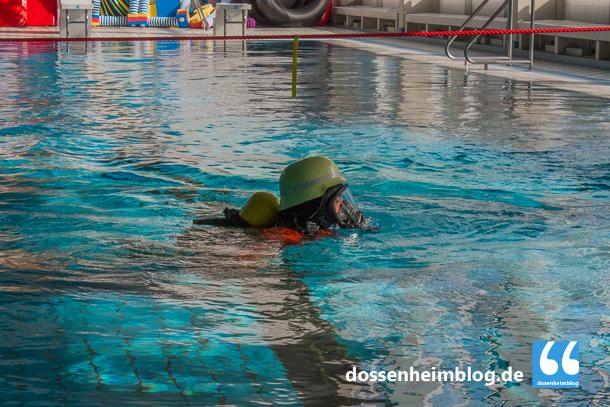Dossenheim-Feuerwehr-Uebung Hallenbad-20140830-002_tn-5311