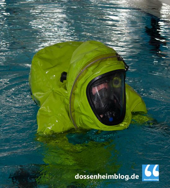 Dossenheim-Feuerwehr-Uebung Hallenbad-20140830-002_tn-5367