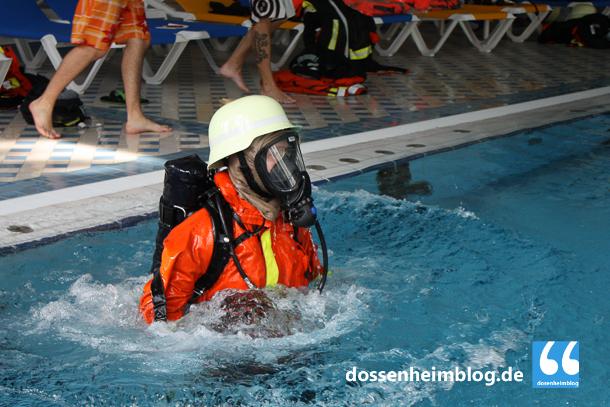 Dossenheim-Feuerwehr-Uebung Hallenbad-20140830-002_tn-5387
